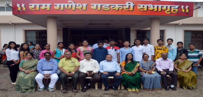 NES - School's Topper students in SSC Exam 2017 with Management and School Principals